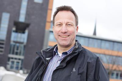 flensburg christian personals Insofern handelt es sich beim personal auch nicht einfach nur um einen weiteren produktionsfaktor,  europa-universität flensburg auf dem campus 1 24943 flensburg.